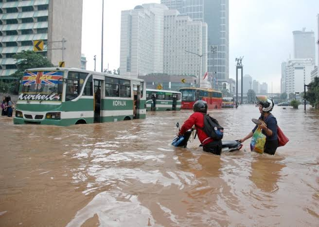 Soal Banjir, Golkar : Kalo Anak Buah Ngga Becus Kerja, Anies Kena Getahnya