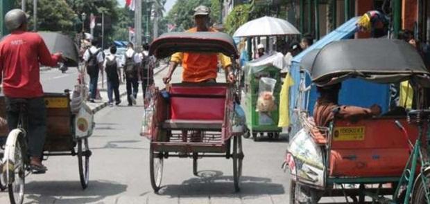 Anies Kembali Hadirkan Becak di Jakarta