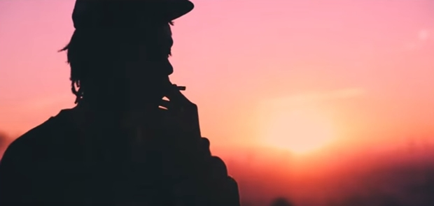 Rapper Amerika Wiz Khalifa Kunjungi Makam Eskobar, dikecam