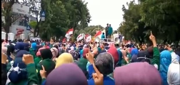 Demo Kritik Pemerintahan Jokowi, 13 Mahasiswa Ditangkap