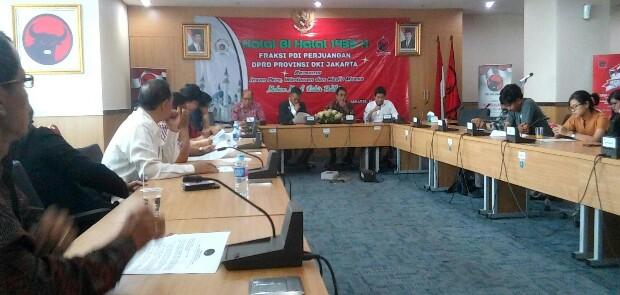 Fraksi PDIP Nilai Kebijakan-kebijakan Anies Sandi Tak Jelas dan Tanpa Arah