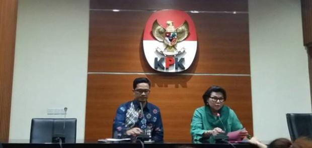 KPK Tetapkan Anggota DPRD Jambi, plt Sekda dan plt Kadis PU Tersangka