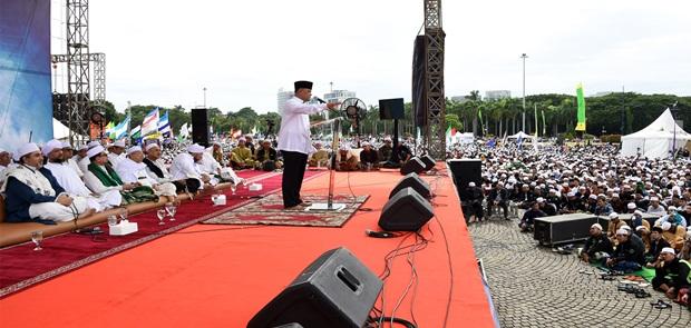 Panglima TNI: Kita Harus mencontoh Tauladan Rasulullah SAW