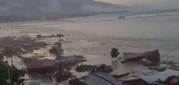 Gempa 7,4 SR Kirim Tsunami ke Palu dan Donggala, Banyak yang Tewas