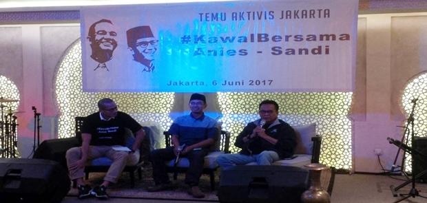 Puluhan Aktivis Komitmen Kawal Janji Kampanye Gubernur Anies-Sandi