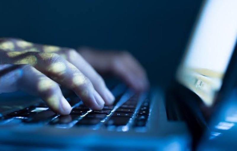 Cari Kelemahan Situs KPU, Remaja Sumbar Ditangkap Polisi