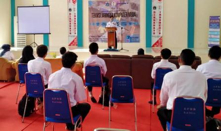 16 Peserta Ikuti Pelatihan Teknisi Jaringan Komputer di PPKPI Pasar Rebo