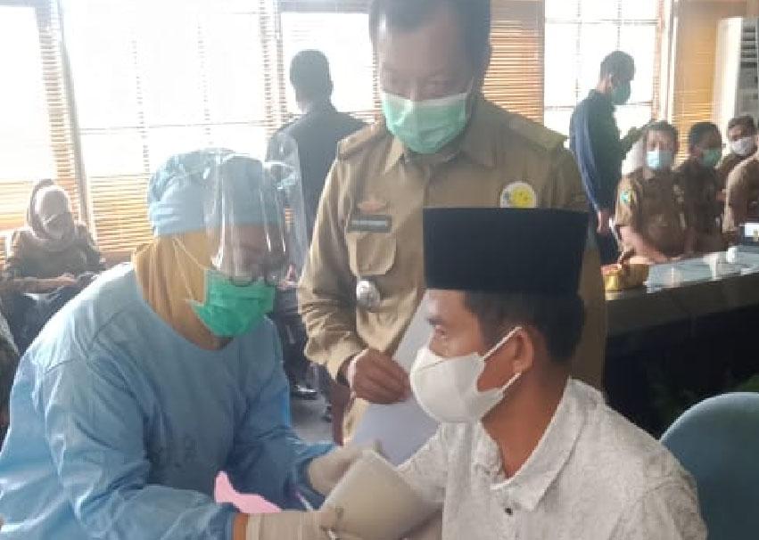 39 Anggota DPRD Way Kanan di Vaksin Sinovac