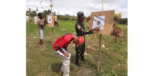 Kostrad Gelar Lomba Panahan Tradisional di Papua