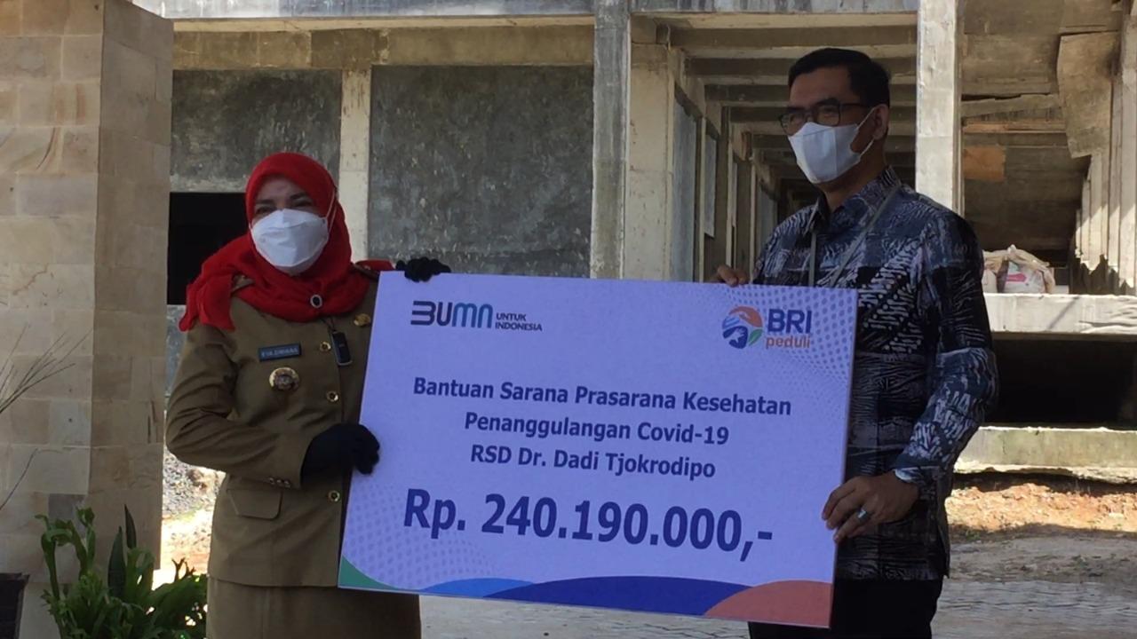 Hj. Eva Dwiana Hadiri Penyaluran Bantuan Alkes