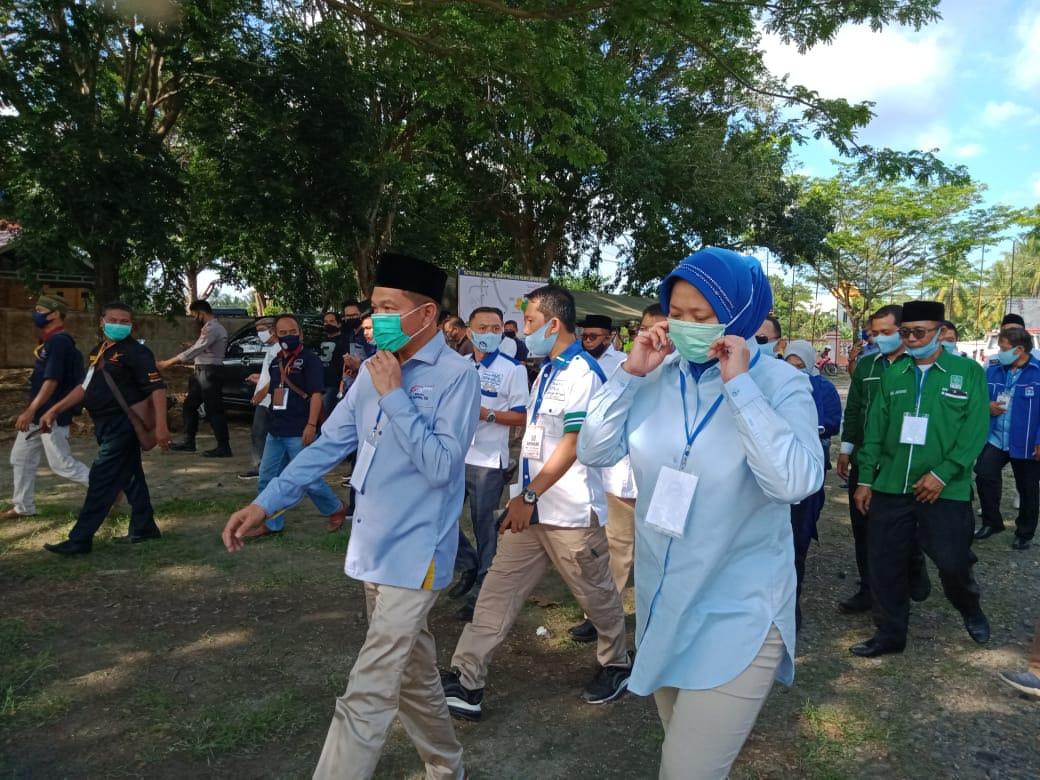 Hipni-Melin Daftar ke KPU Lampung Selatan
