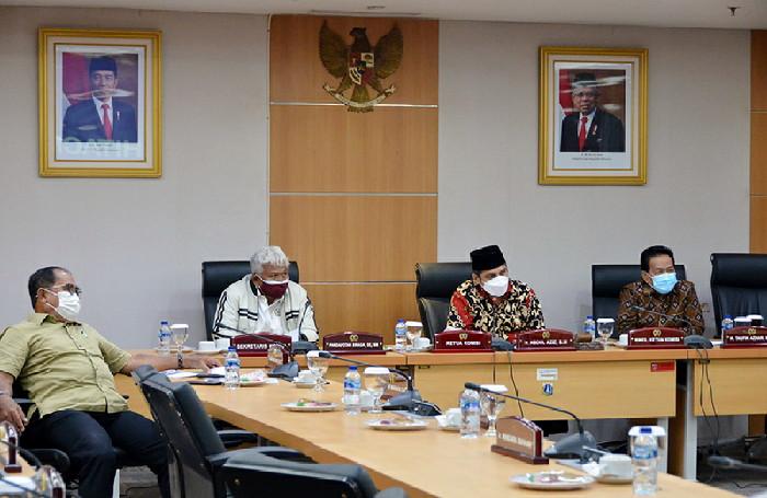 Komisi B akan Hitung Efektifitas Jalur Sepeda Permanen di Jakarta