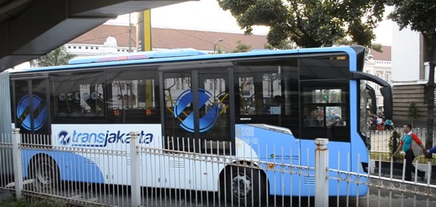 Transjakarta Tak Ingin Beratkan Pemda DKI Membeli Kereta