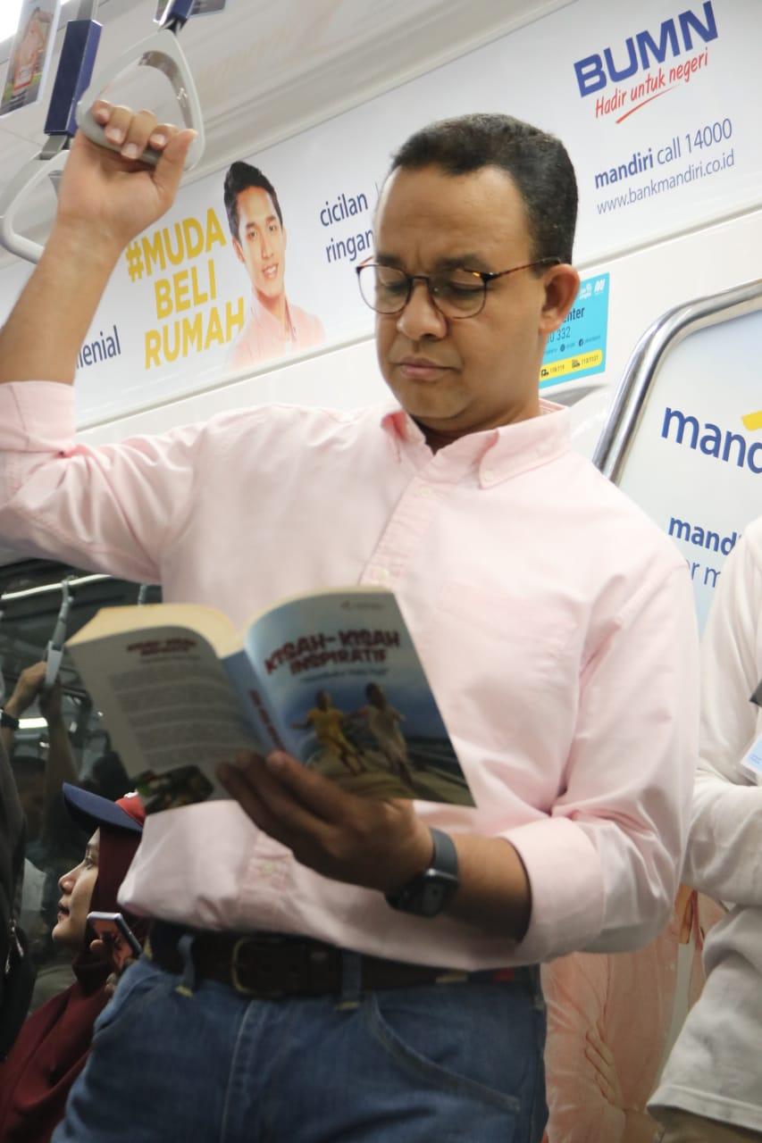 Gubernur Anies Ingin Tingkatkan Literasi dan Budaya Membaca Masyarakat Jakarta